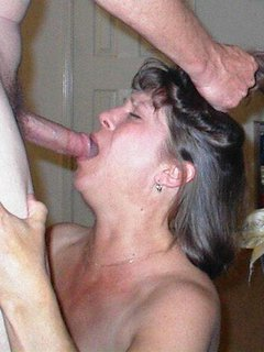 Chubby mature creamy squirting pussy