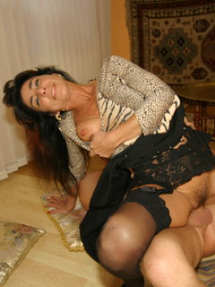 Hottest mature solo ever 7