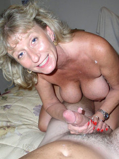 Hot mature smoking blowjob