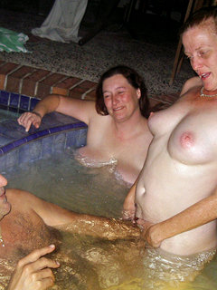 Hot mature busty blondes threesome