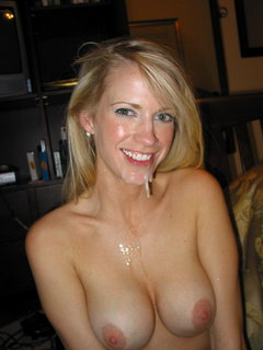 Gorgeous mature amateur loves to feel it in her tight little