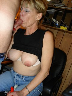 Natural boobs mature love to fucking hard,by blondelover.