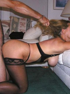 Girls in love - a mature seduces a young woman