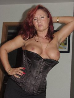 Mature mom with young boy -   sibel18 com