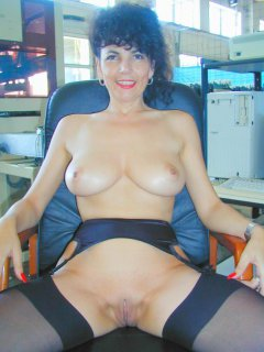 Amateur - nice mature bareback bbc with cim facial