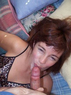 Hot sexy mature cougar smoking solo