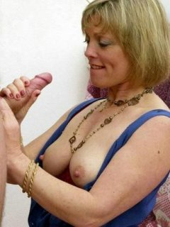 Amateur - true sub mature bound bottle insertion