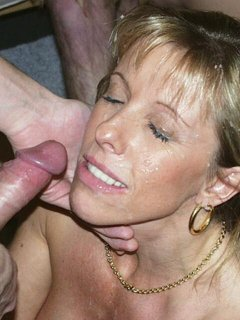Latina mature milf giving head pt. 2 (cumming in her mouth)