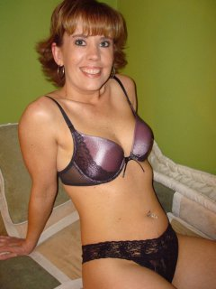 Classy english mature in red stockings queens guy