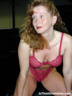 Touching 161 mature sexy and exhibitionist woman