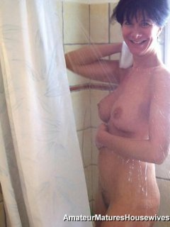 Hot mature mom janet mason creampied by two blacks