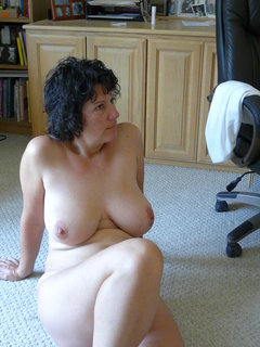Mature old woman 27