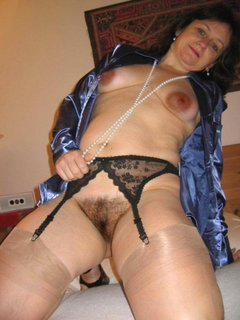 Hairy mature milf in stockings fingers