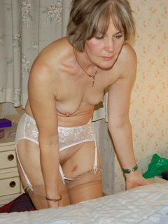 Hot mature in the changing room