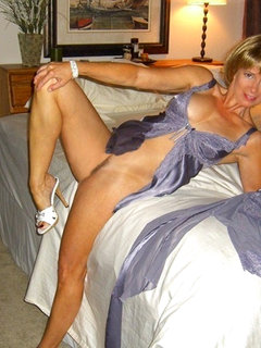 Mature v young hairy lesbian 2