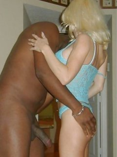 Mature woman loves black dick