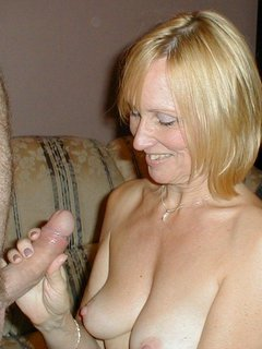 Amature british swingers party blow job