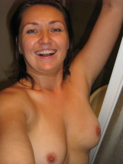 Mature aunty playing in the sauna