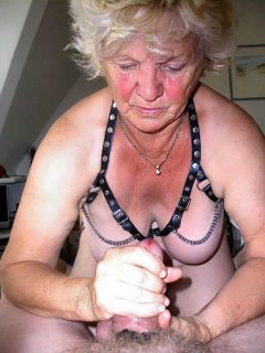 Kinky mature babe marie is a hot little fuck