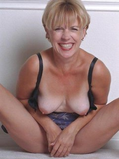 The hottest amateur cougar-mature-milf #8 (doggystyle)