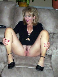 Kinky mature makes hubby film her as cocklave