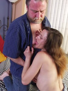 Amateur - blond mature bareback mmf threesome
