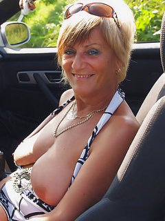 French porn 6 anal babe mature mom milf analfist sextoy