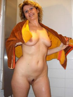 Hairy mature mom and her boy! Amateur!