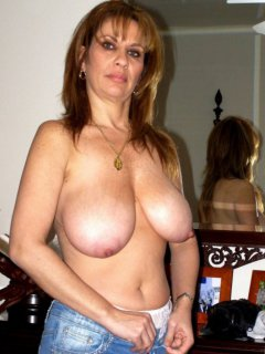 Lovely mature mom shakes big saggy tits and pussy